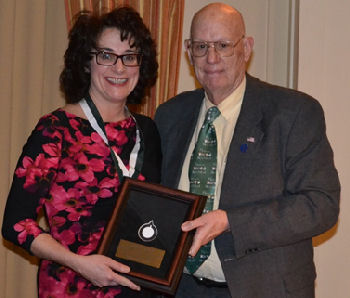 Dr. Dan Kimball, PA East Governor, presented Dr. Linda Thomas Hemak, with a Laureate during the Chapter's Annual Award Dinner
