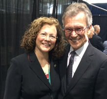Lisa Ellis, MD, FACP and Sen. Tom Daschle, Keynote speaker at Opening Ceremony, Internal Medicine 2015